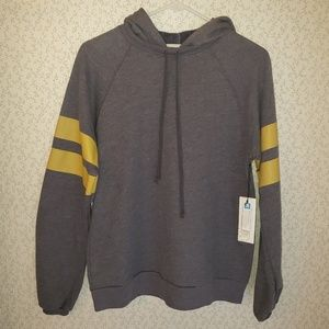 NWT Treasure & Bond Womens Sweatshirt size M